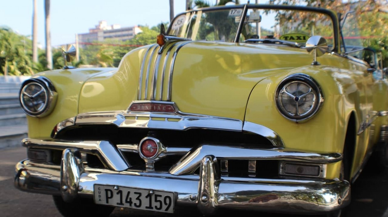 anna-kelley-p3fehkllt4q-unspla-antique_car